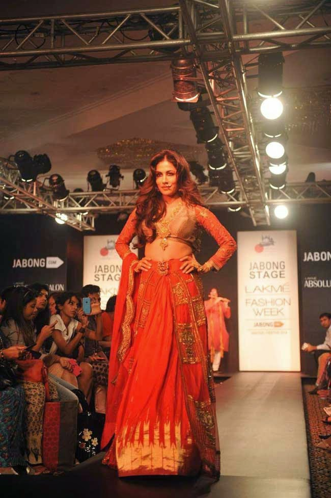Chitrangda Singh at LFW Winter Festive-2014