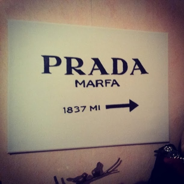 gossip girl prada marfa sign diy another kind of beauty blog. Black Bedroom Furniture Sets. Home Design Ideas