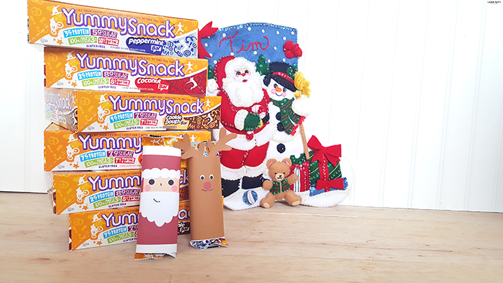 The perfect stocking stuffer - simple and cute! Free Christmas Candy Printable + a YummySnack Bar Giveaway!