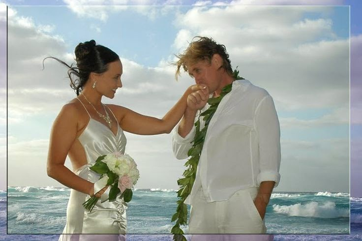 Beach Wedding Dresses For Hawaiian Or Themed