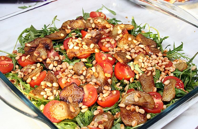 Рецепт сырного салата с креветками