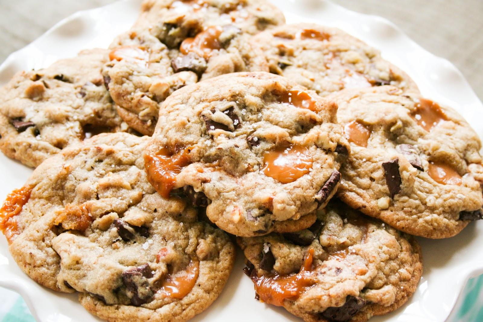 Blooming on Bainbridge: Salted Caramel Chocolate Chunk Pecan Cookies