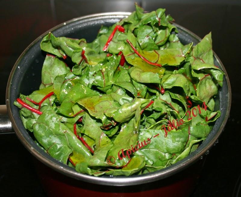 Acelga con pencas de color roja la cocina paso a paso for Cocinar acelgas