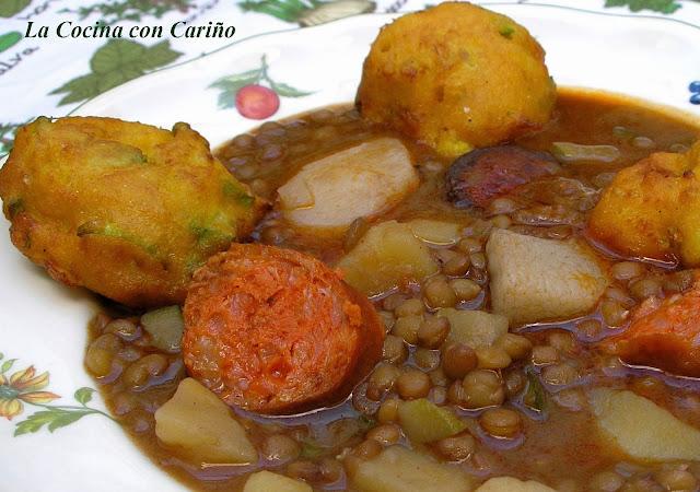Lentejas  Con Chorizo, Morcilla  Y Buñuelos De Calabacín