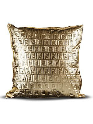 Most Expensive Throw Pillows : STARDOLL FREE Underneath Stardoll Blog: More spoilers