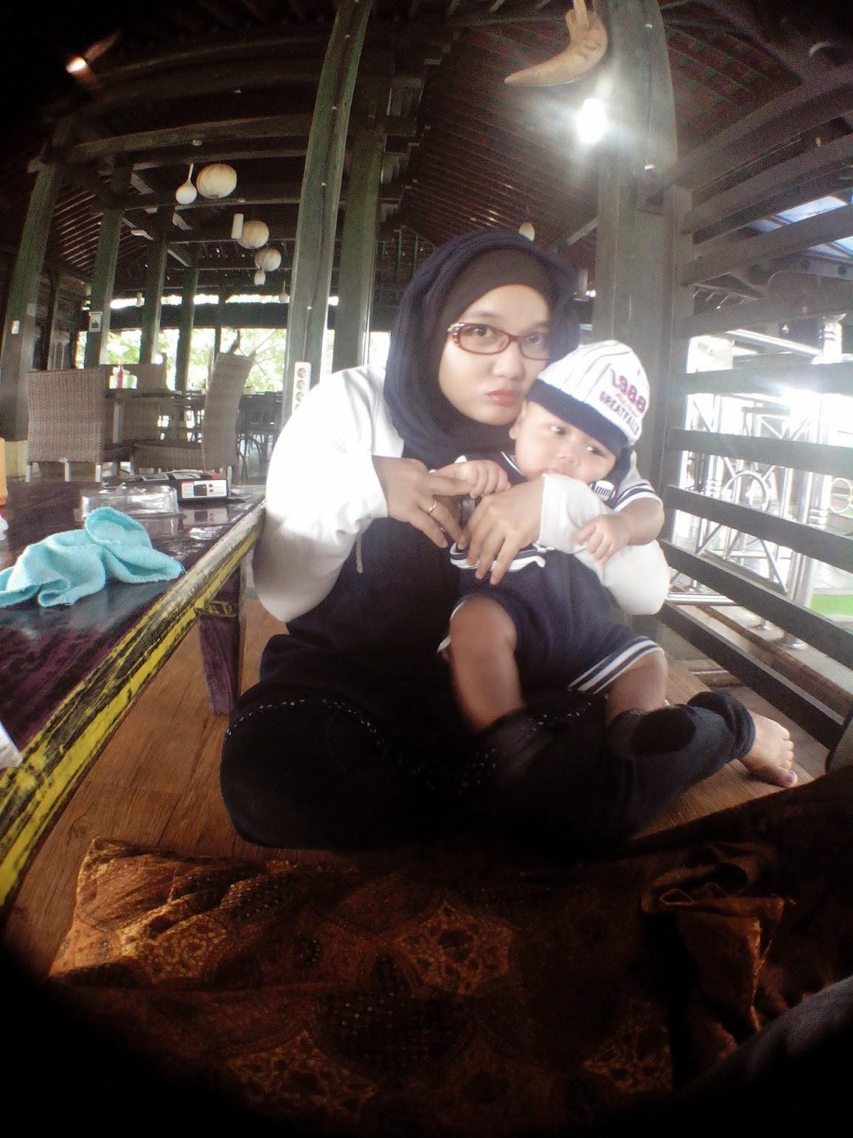Kekuatan Ibu Sebagai Wanita Karir
