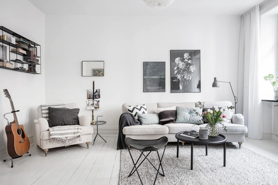 Good Now, Donu0027t Get Me Wrong, I Love A Bit Of Interior Colour, But The  Simplicity Of This Home, And The Minimal Uncluttered Feel Is Just  Beautiful, ...