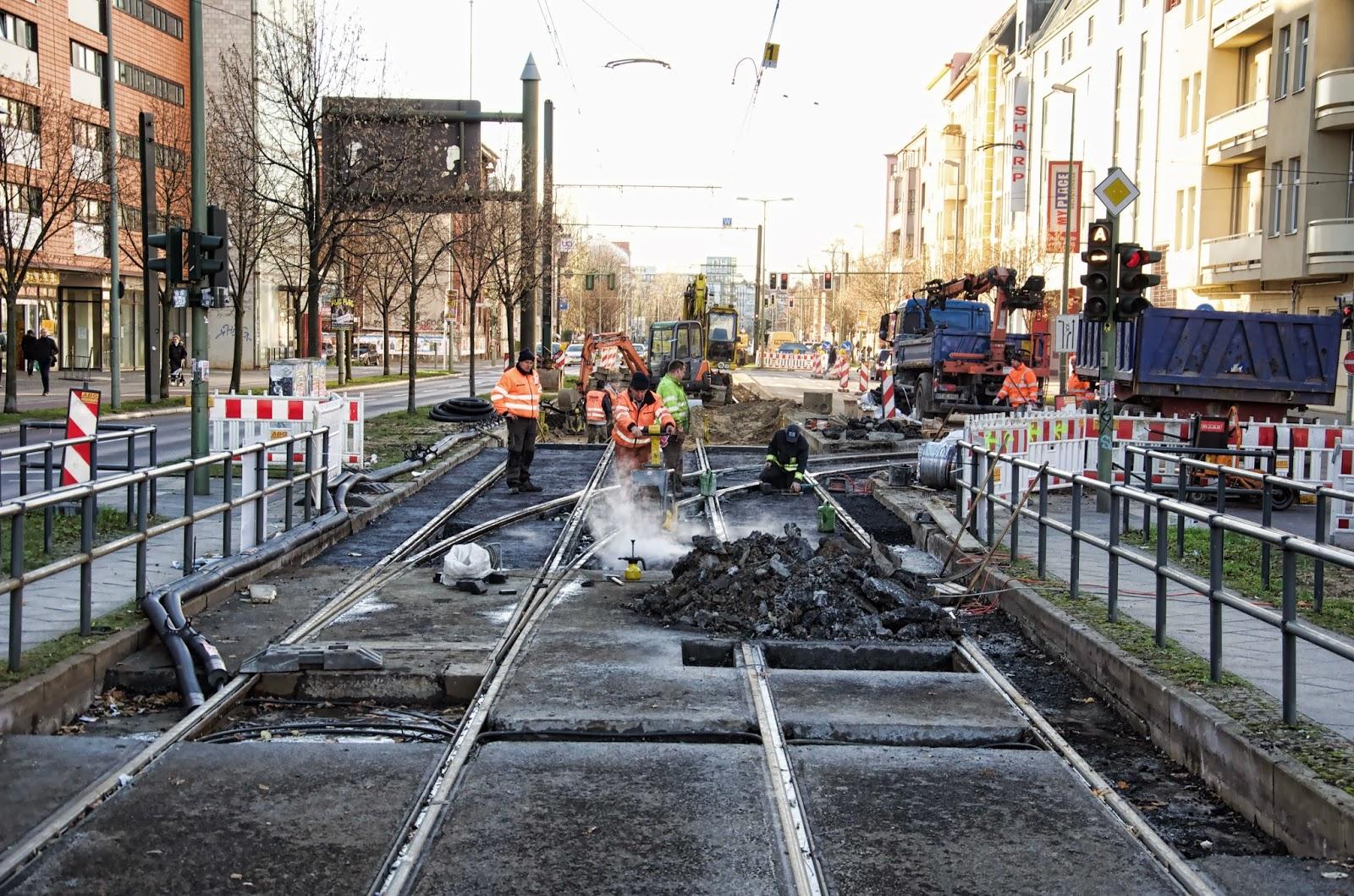 Baustelle Gleisarbeiten, Landsberger Alle, Höhe Langenbeckstraße, 10249 Berlin, 25.11.2013