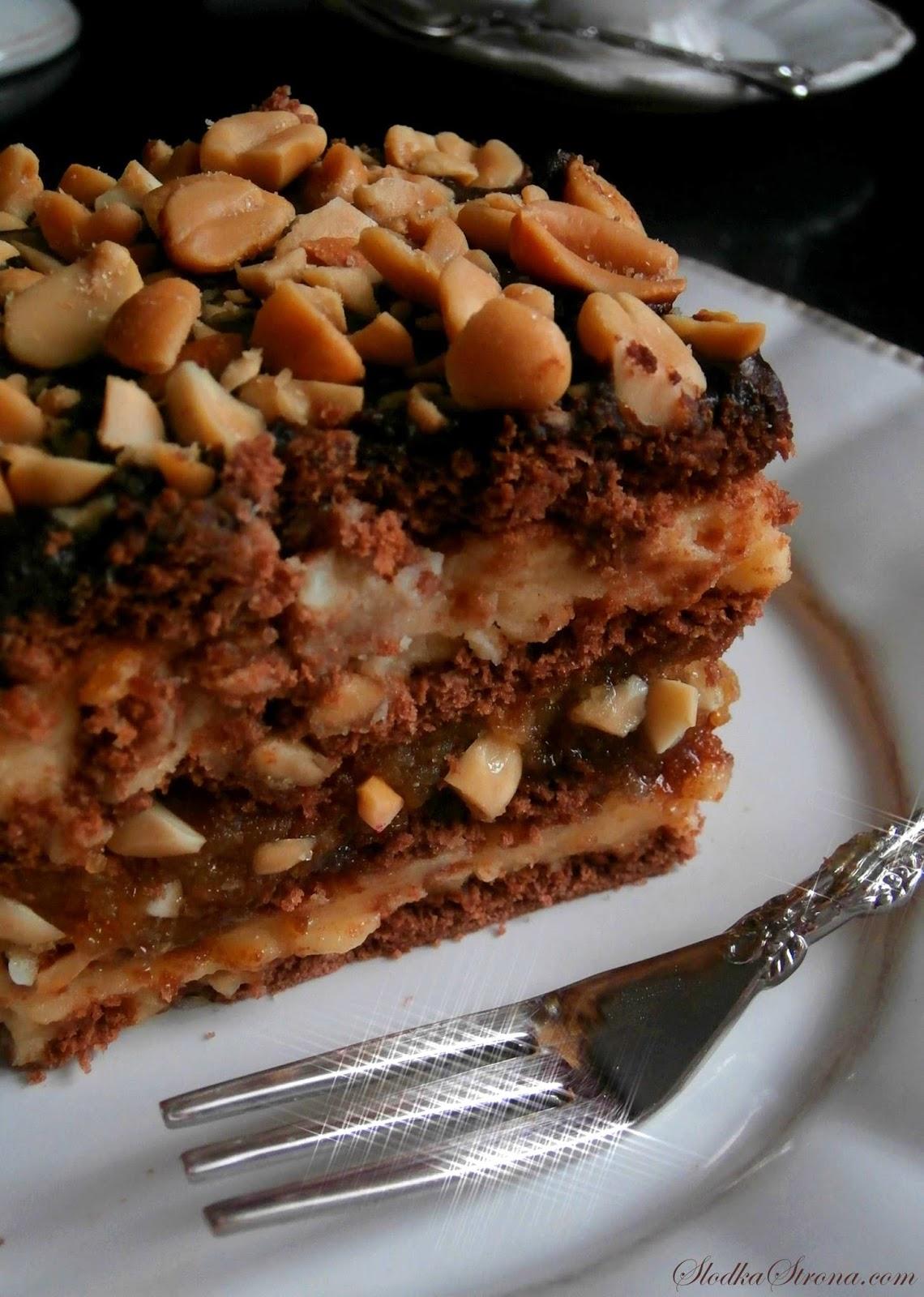 """Ciasto """"Snickers"""" Bez Pieczenia - Przepis - Słodka Strona"""