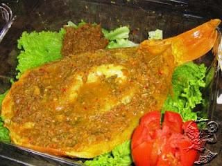 "Goldfish ""Naniura"" - Batak Cuisine"