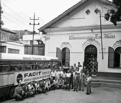 Comemoração de funcionários da Facit na Churrascaria José Weiss.