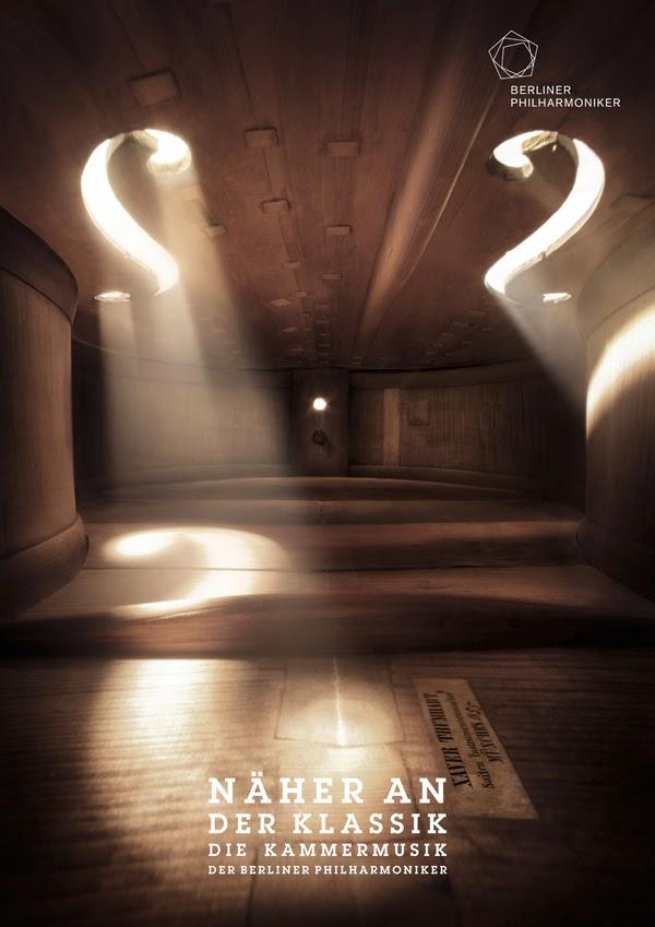 http://antidepresivo.net/2012/03/16/fotos-tomadas-dentro-de-instrumentos-musicales/