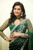 Ragini Dwivedi Glamorous photos in Green Saree-thumbnail-2