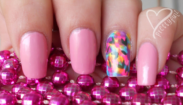 prettyfulz spring flower nail