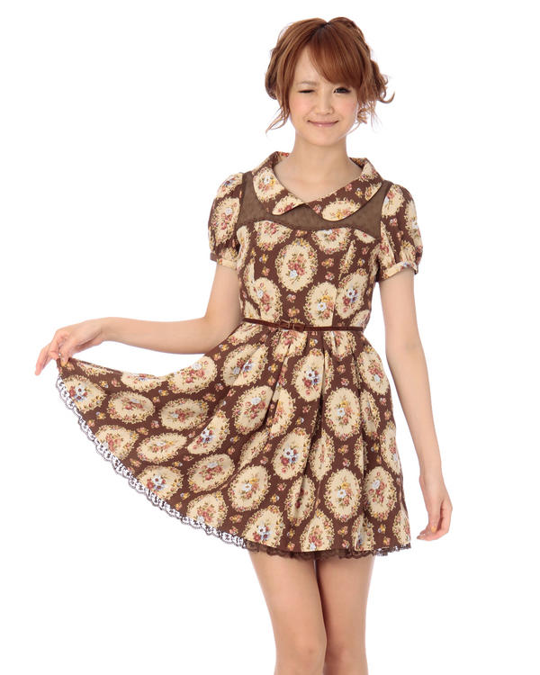 Short black hairstyles lovely dresses are found in winter collection