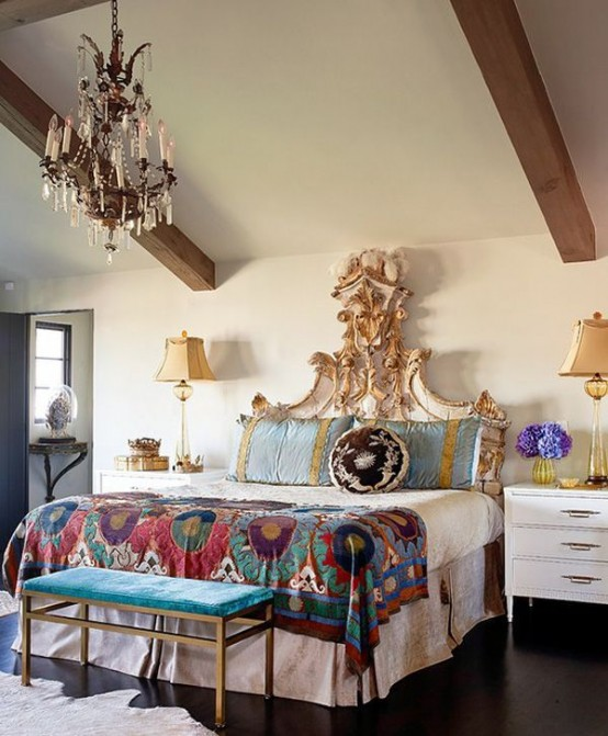 Inside out interiors style sunday bohemian chic for Boho chic bedroom designs