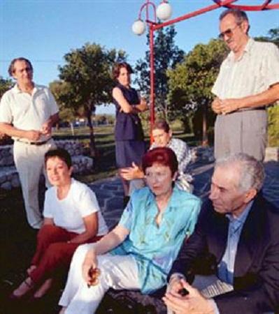 De Derecha a izquierda en la foto: Alejando Nicotra, Tita Esber, Nene Funes, Rafael Horacio López,