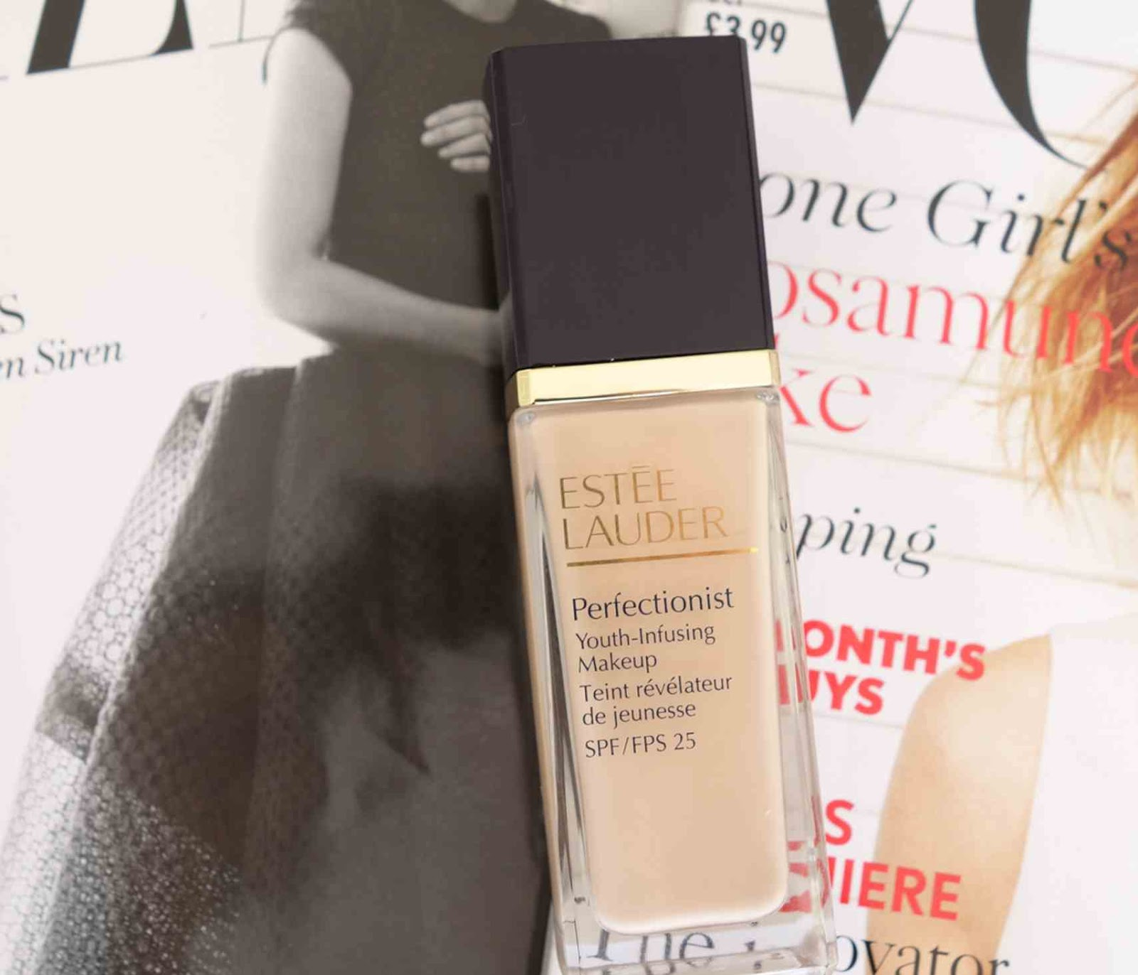 Estee-Lauder-Perfectionist-Youthj-Infusing-Make-Up-Review