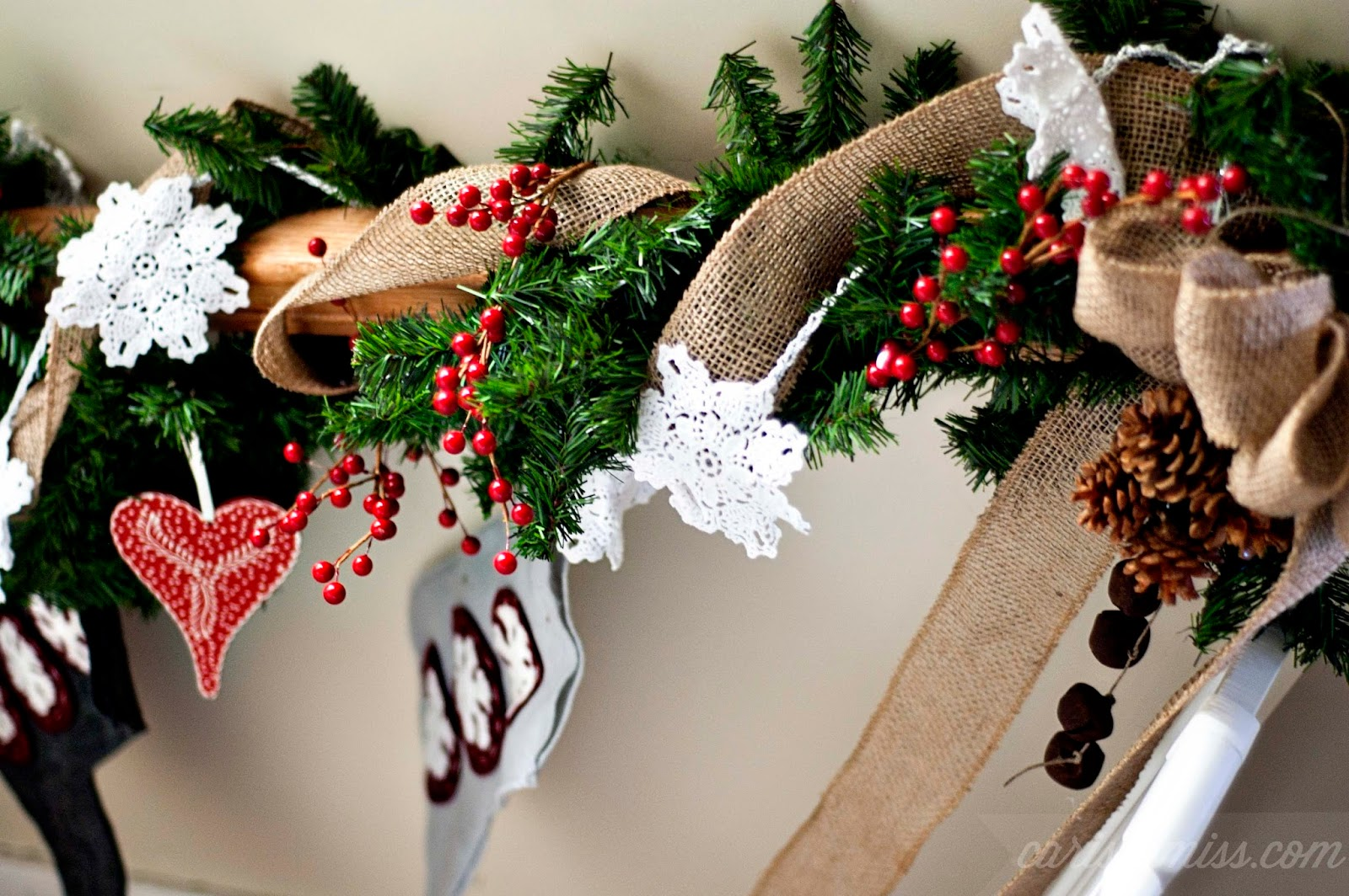 Carissa Miss: Rustic Pine Bough Garland #HandmadeHoliday14.