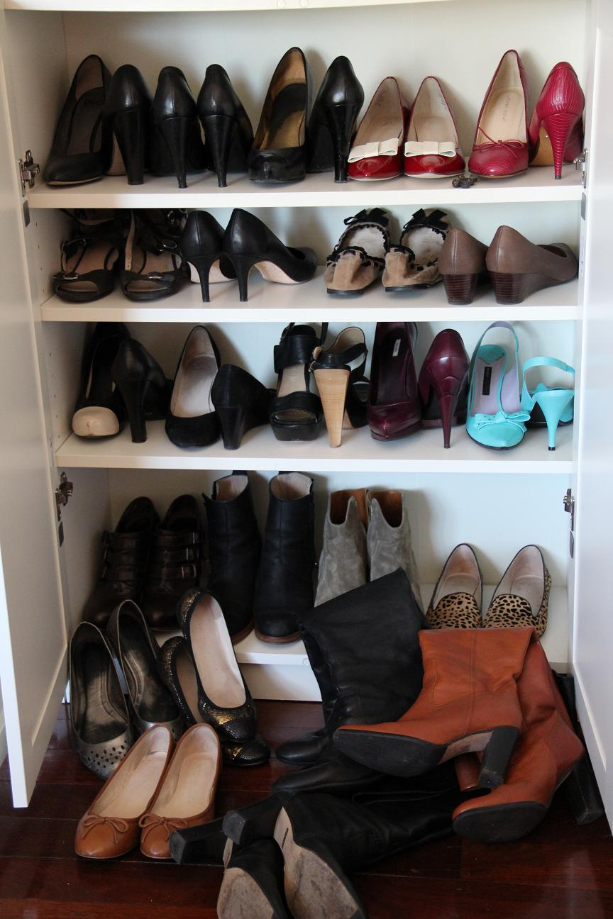 Contents Of IKEA Billy Bookcase No.2   Shoe Count: 24 Pairs