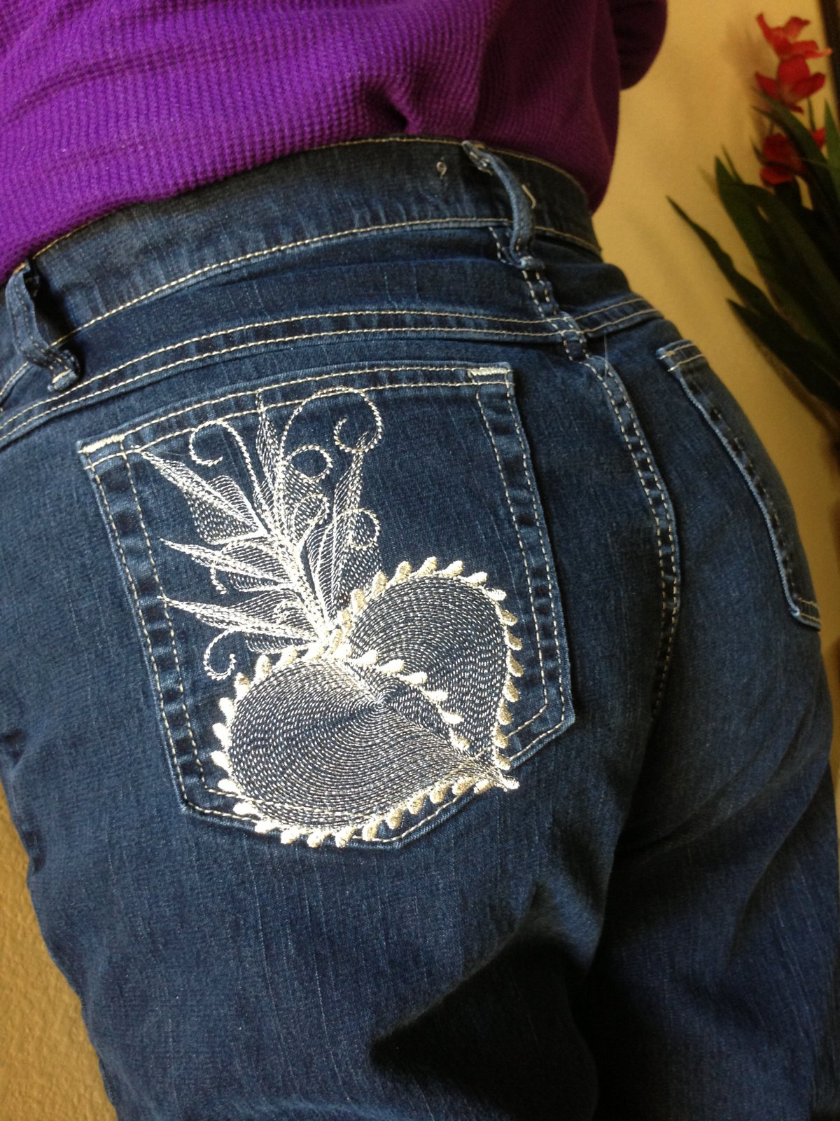 Embroidery it machine on jeans
