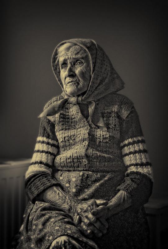 Abuelita Bunicutza+old