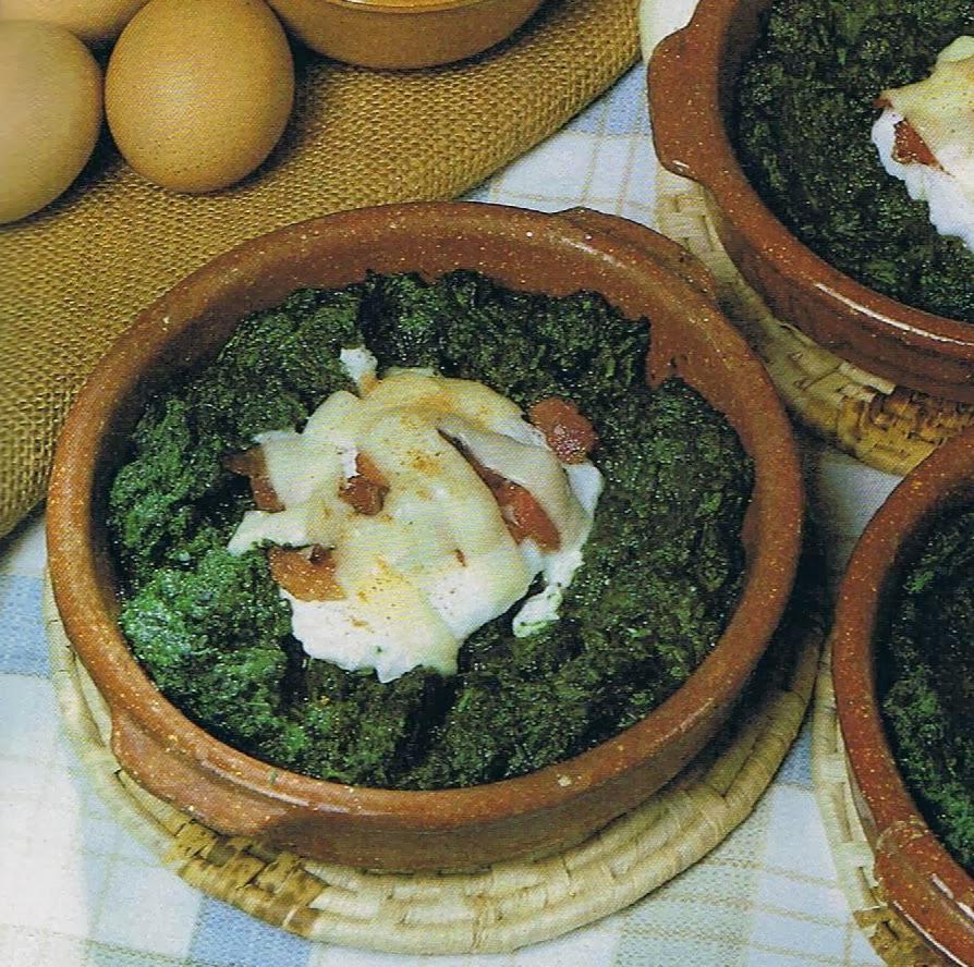 Espinacas con huevo y jamón