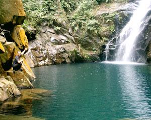 Roteiro 10 - Canyoning 2  no Rio das Pedras  (nível moderado)