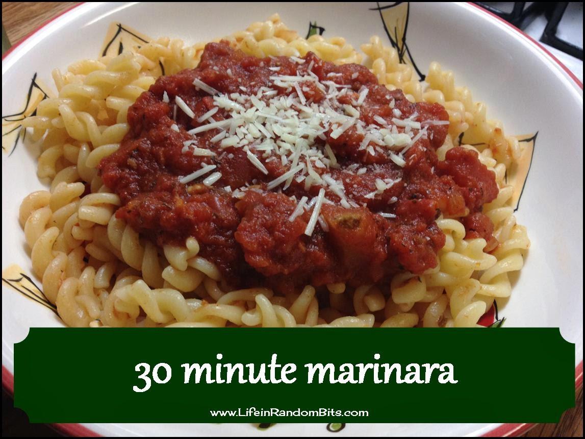 30 minute marinara! A quick and easy weeknight dinner solution. #pasta #italian