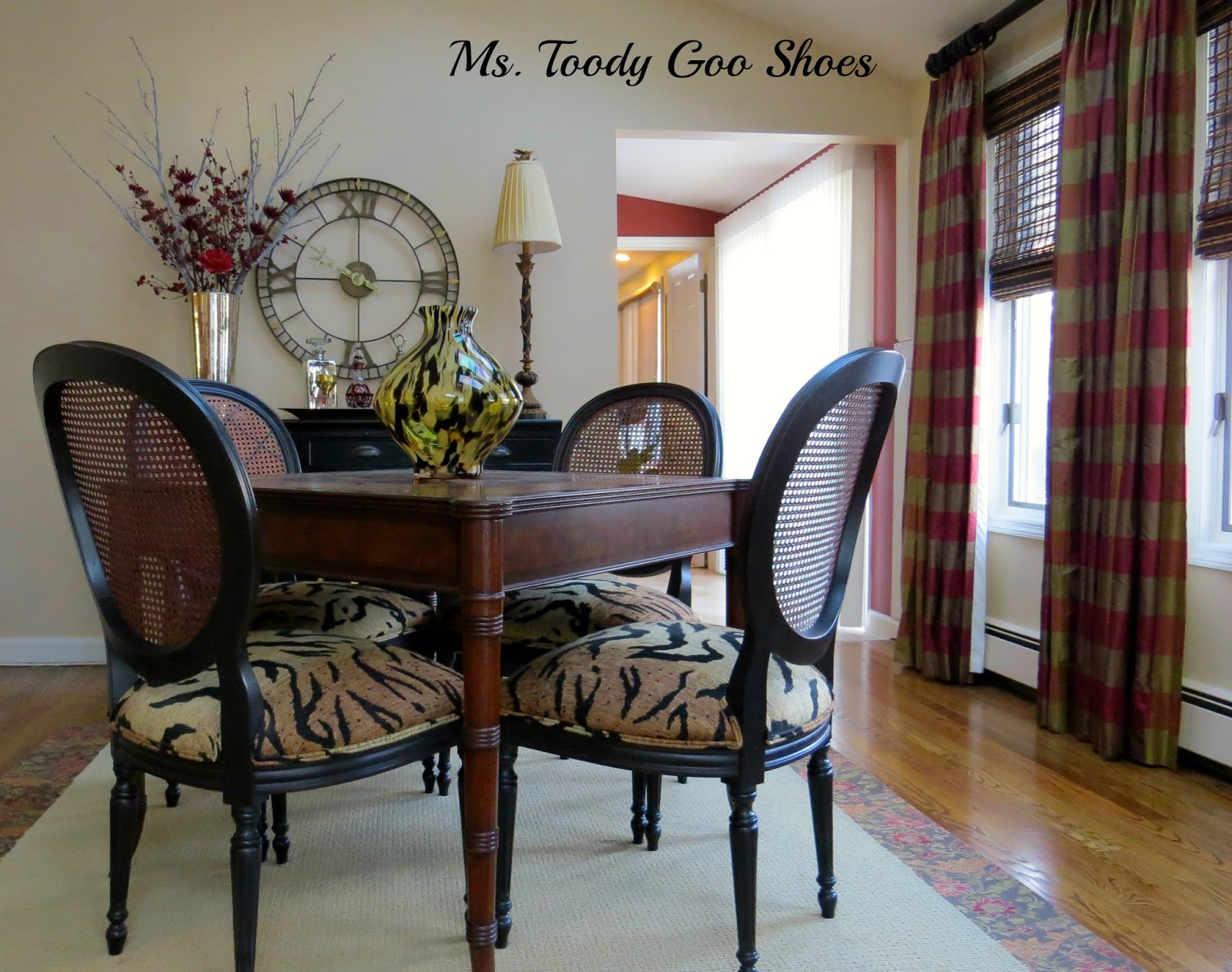 Family Room  --- Ms. Toody Goo Shoes