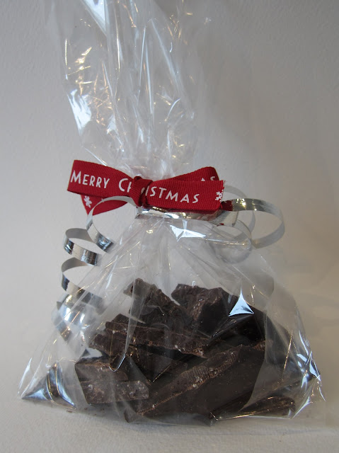 homemade mint chocolate crisps gift
