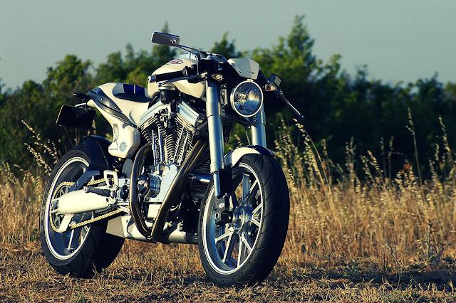Wakan Avinton Motorcycle Roadster