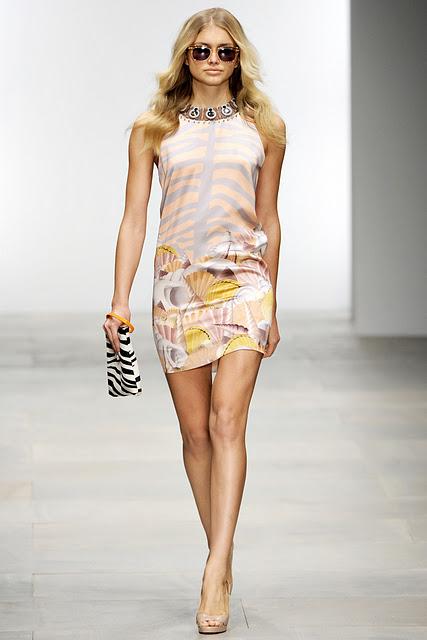 For Fashion Freaks: January 2012
