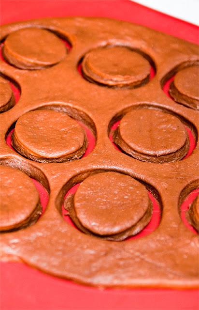Pravi čokoladni krofki izrez iz mase