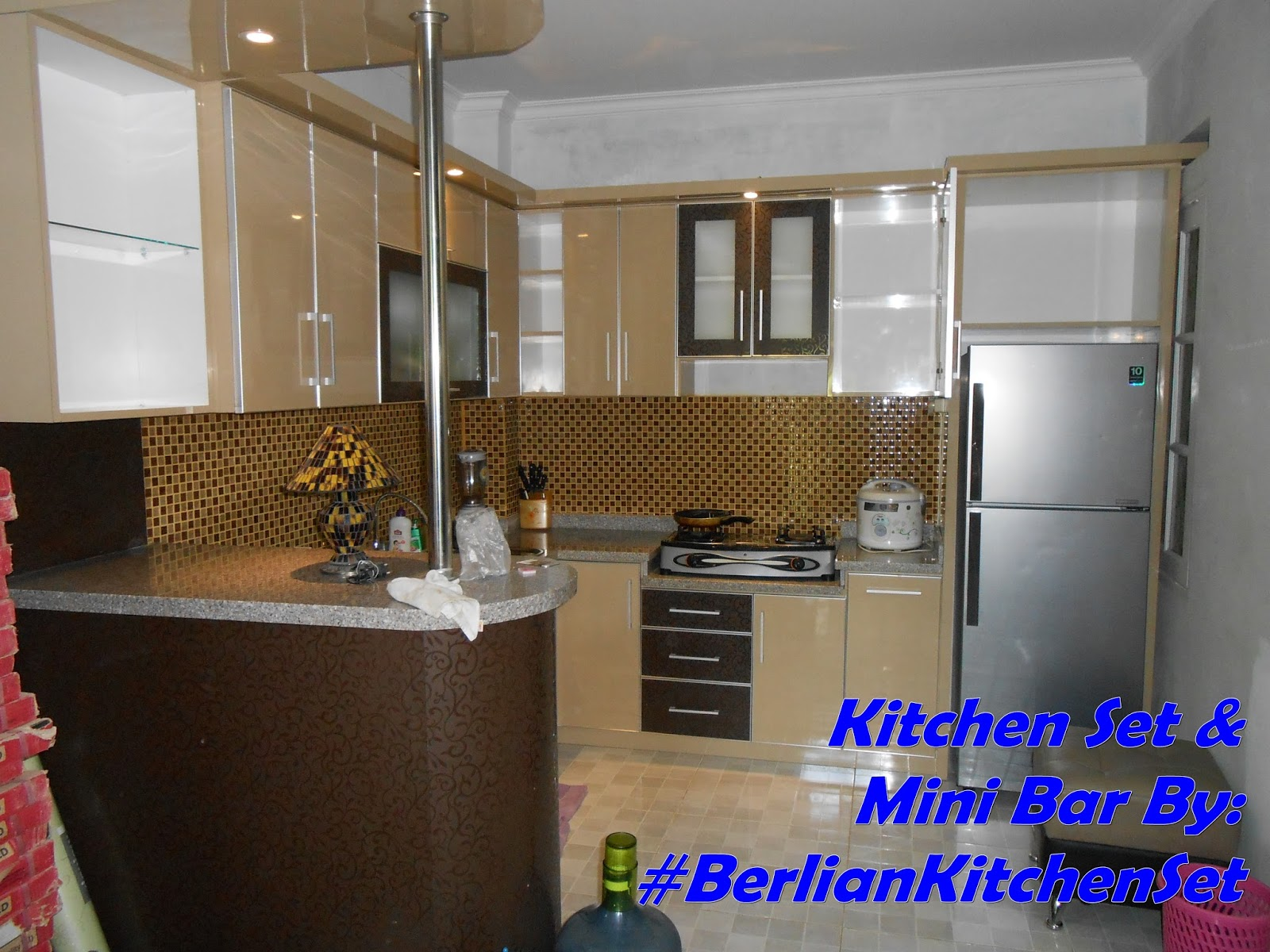 Desain meja mini bar dapur leter l berlian kitchen set