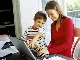 Anyukáknak:dolgozz otthon, a családod mellett!