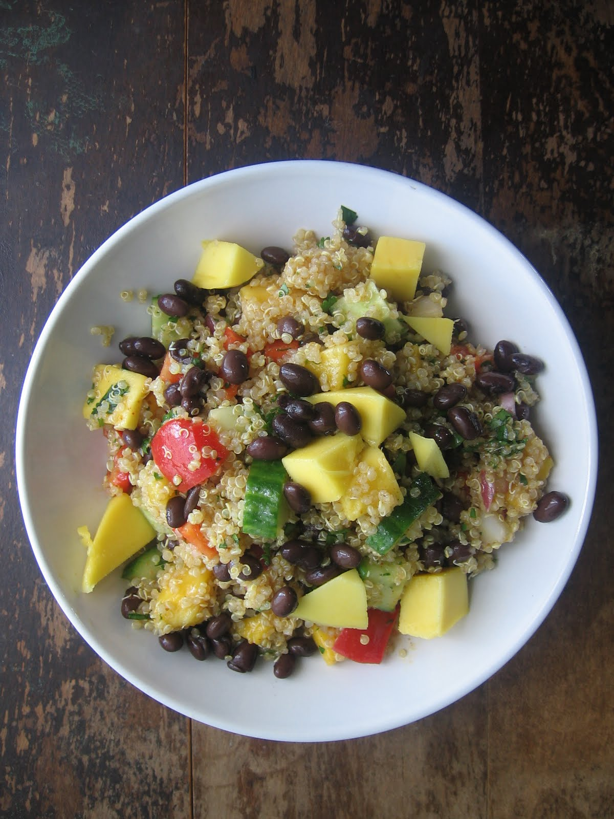 sweetsugarbean: Curried Quinoa Salad With Mango and Black Beans