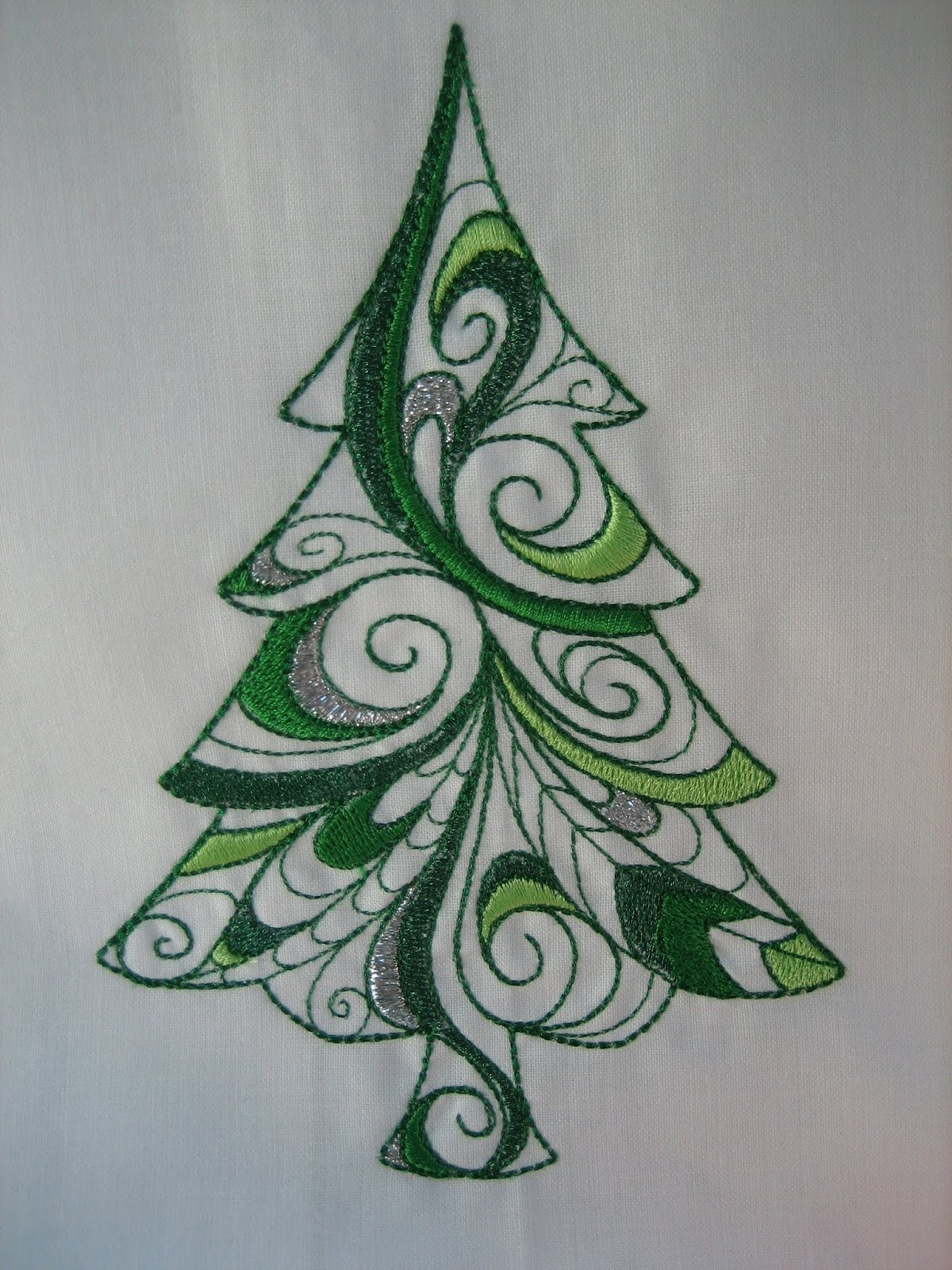 Machine embroidery christmas tree designs makaroka