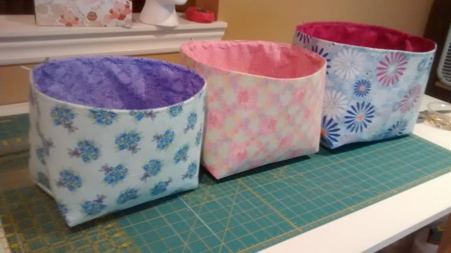 DIY Fabric Bin Tutorial & Quilters Workshop: DIY Fabric Bin Tutorial