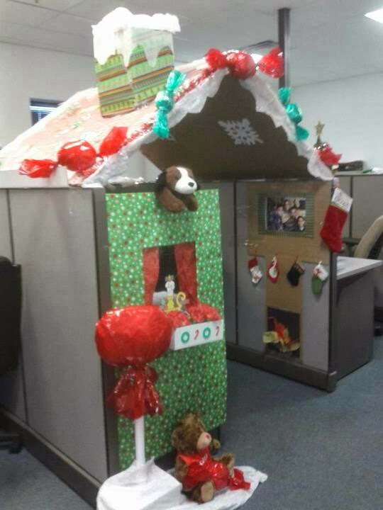Christmas Cubicle Decorating Ideas