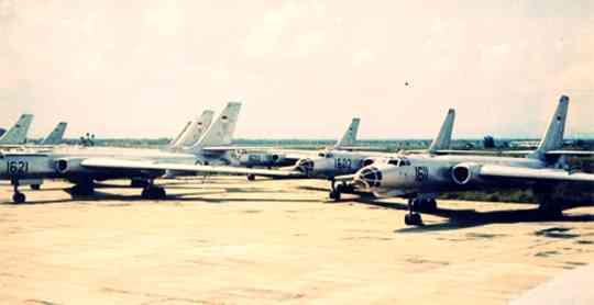 Gambar pesawat tempur TU 16 AURI tahn kejayaan1960