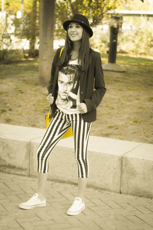 pantalones capri de rayas