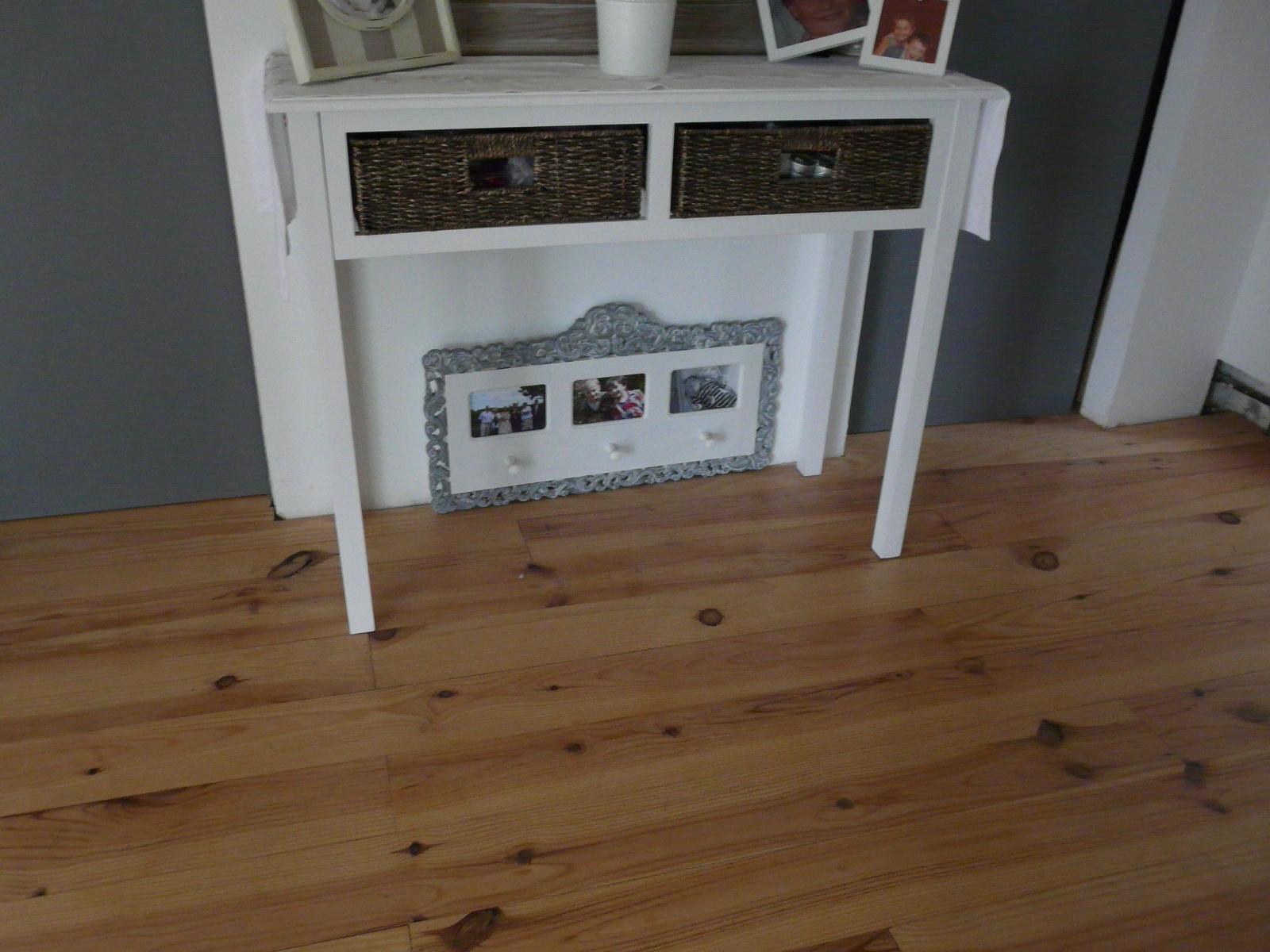 meubles et d co vendre console d 39 entr e. Black Bedroom Furniture Sets. Home Design Ideas