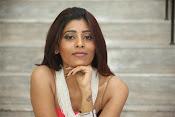 actress Gayatri glamorous photos-thumbnail-1
