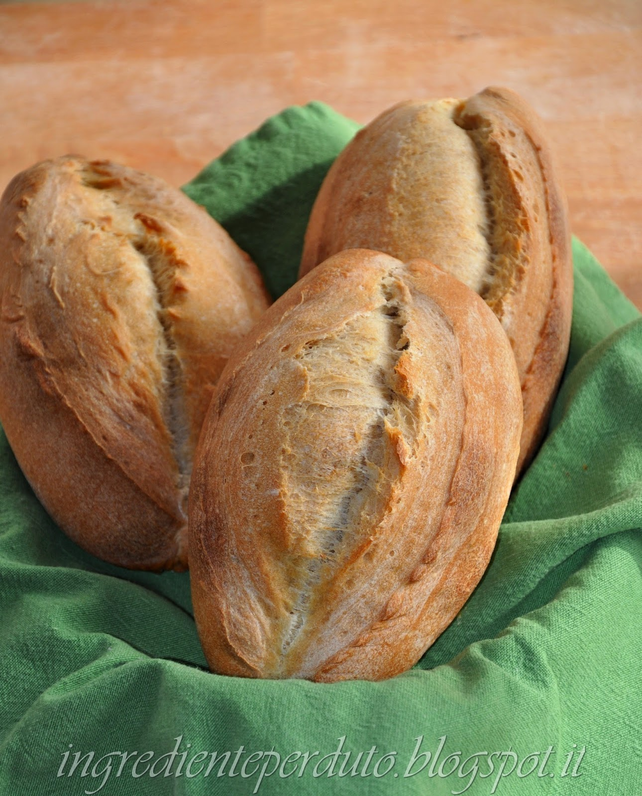 le boulot a lievitazione naturale, pane a pasta dura.