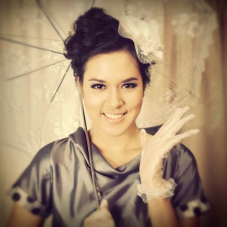 Wallpaper Raisa Imut