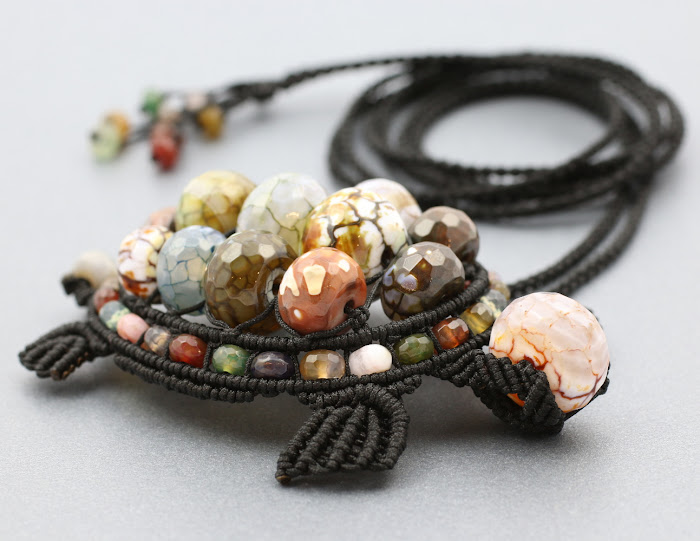naszyjnik żółw - sznurek nylonowy