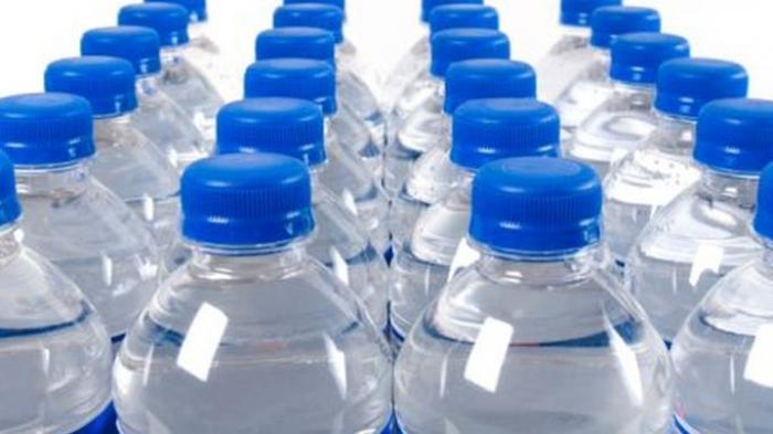 លទ្ធផលរូបភាពសម្រាប់ botol air minun dalam kemasan