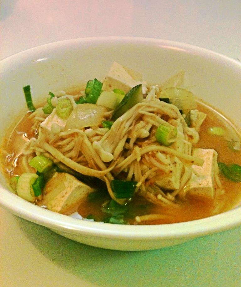 MD cooks for two: Doenjang Jjiggae - Korean Miso Soup