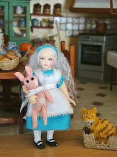 Alice (miniature)
